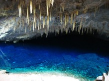 gruta-lago-azul-bonito